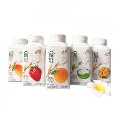 伊利畅轻燕麦+凤梨+橙酸奶